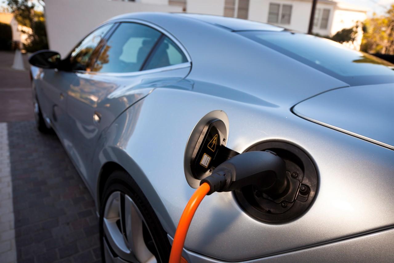 63% от европейците искат забрана на бензинови и дизелови автомобилиПочти