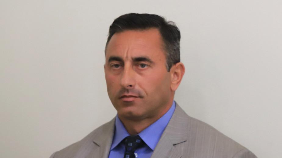 Източници: , Назначеният от служебното правителство в петък изпълнителен директор