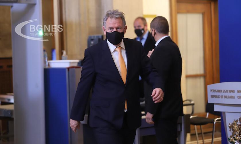 На днешното си заседание правителството е взело решение България да