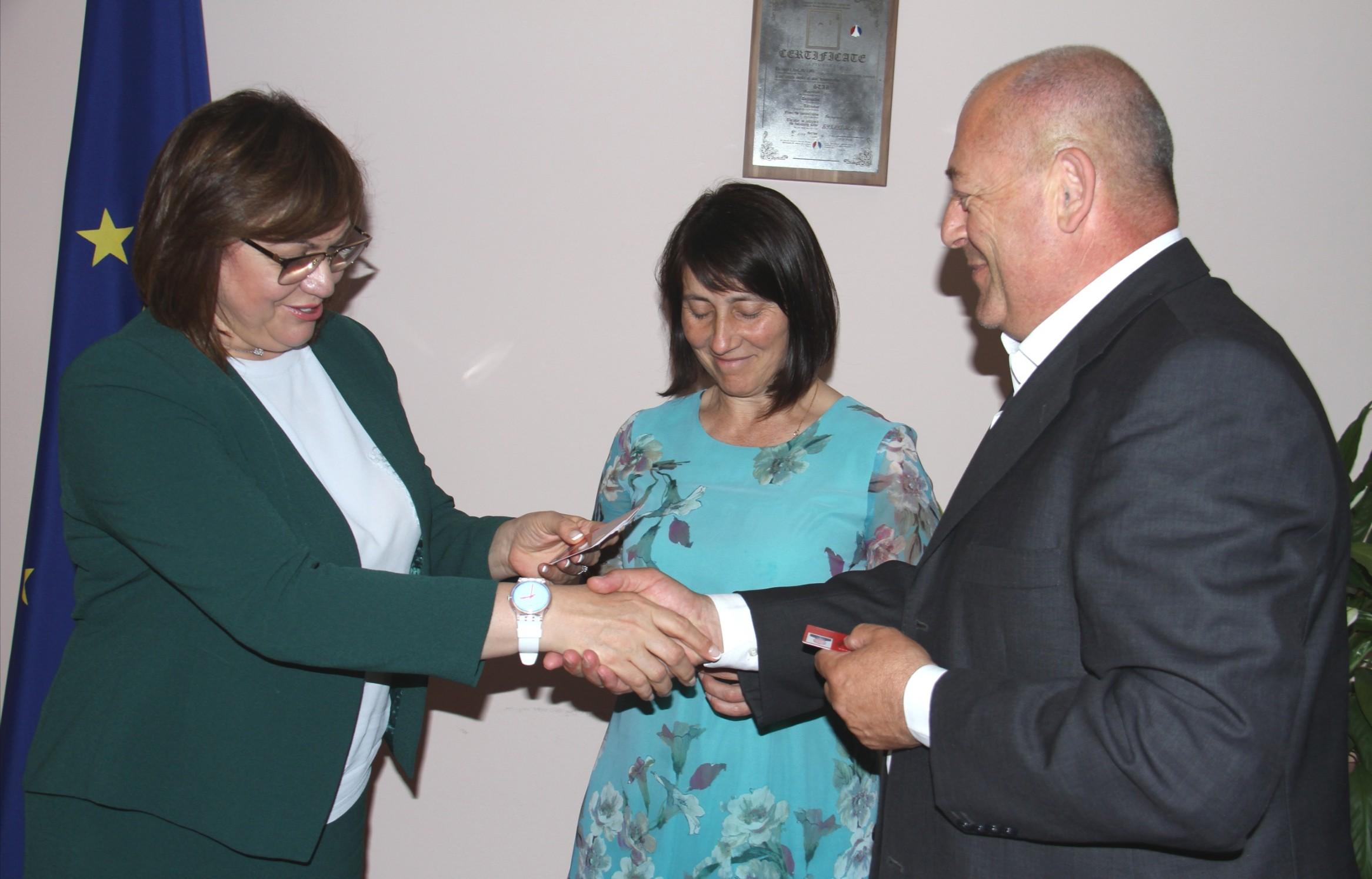 От страна на БСП бяха ангажирани зам-председателят Кристиан Вигенин, който