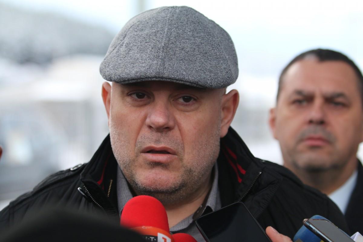 Главният прокурор Иван Гешев се е изнесъл от дом 5