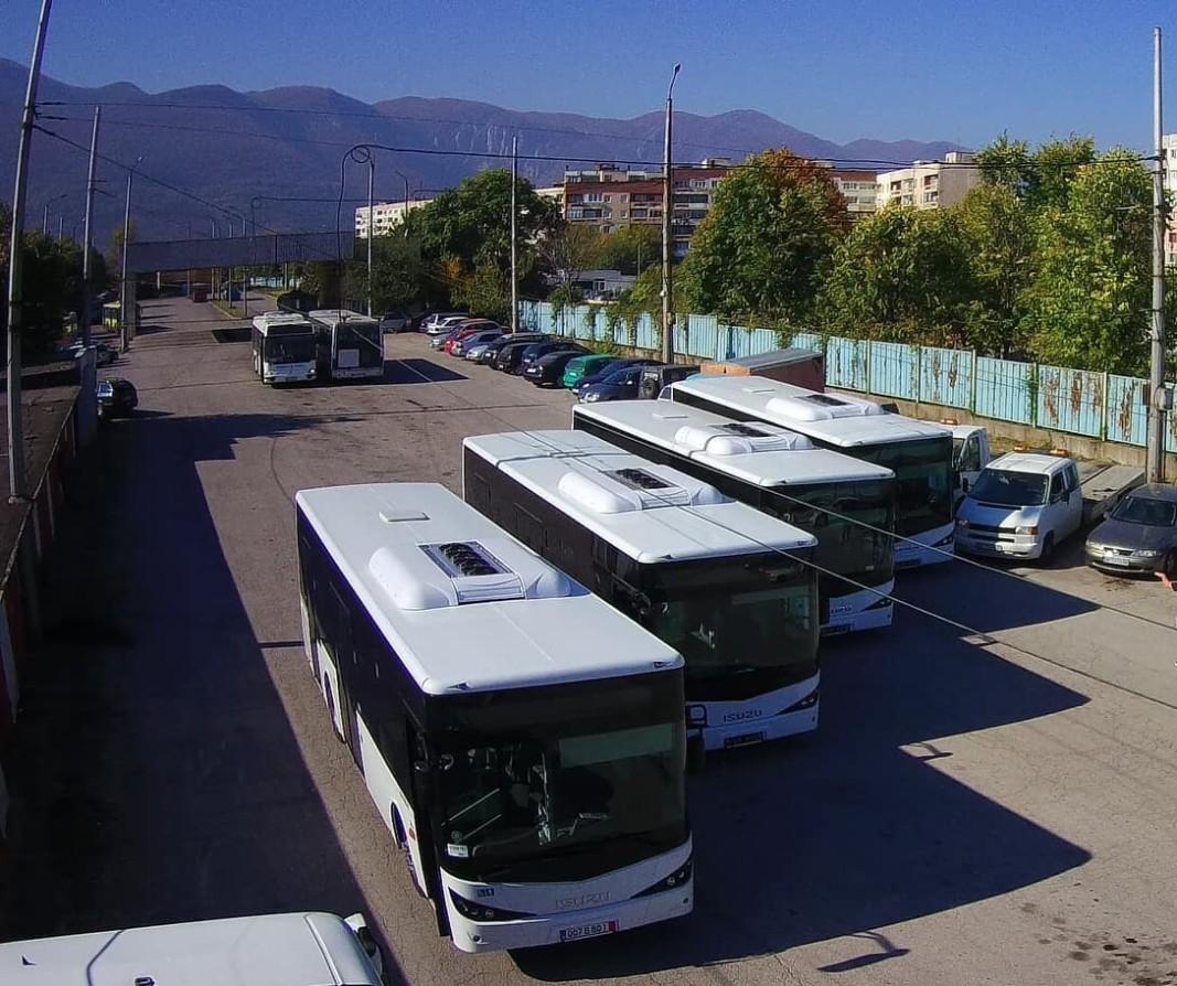 Над 80 общини в България вече нямат автобусни превози. Около