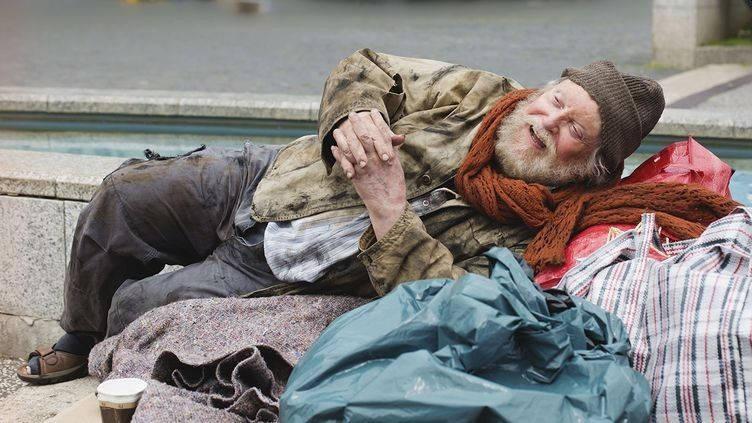 Като чуе думата бедност, българинът вече се хваща за кобура.