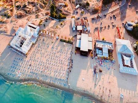Министърът на туризма Николина Ангелкова отбеляза точка в своя полза
