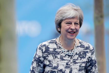 Британската премиерка Тереза Мей предупреди членове на управляващата Консервативна партия,