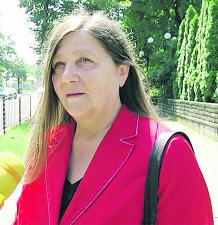 Лили МАРИНКОВА, легендарната водеща в БНР, бе възстановена в началото