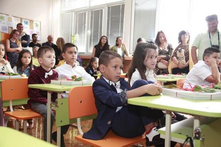 От обявеното преди месеци пенсиониране на около 4 хиляди учители