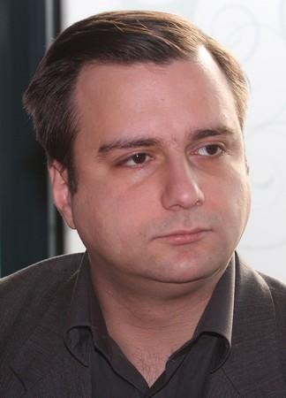 """БОРИС ПОПИВАНОВ е възпитаник на СУ """"Св. Климент Охридски"""". Там"""