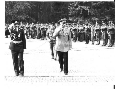 Димитър Марков  О.з. генерал-полковник Мирчо Асенов Стойков е роден