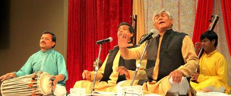 Водещите изпълнители на най-древния индийски класически музикален стил дхрупад от