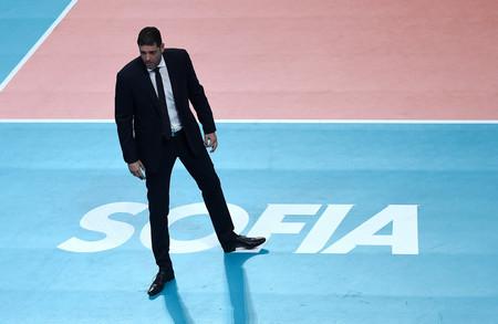 Селекционерът на волейболните национали Пламен Константинов остава без договор след