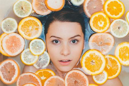 През есента често чувстваме кожата си дехидратирана, суха или, напротив,